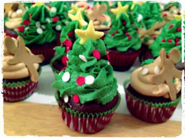 tree cupcake