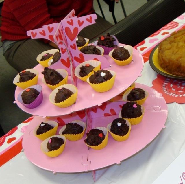 Strawberry/Chocolate Cake Balls